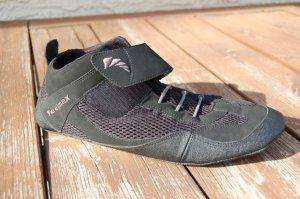 Feelmax Shoes - Strap